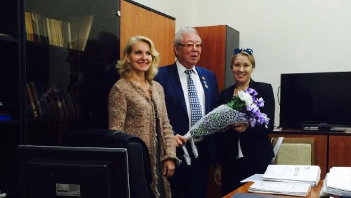 Председателю АГКА Карчегенову К.К. вручена ведомственная грамота Министерства юстиции РК