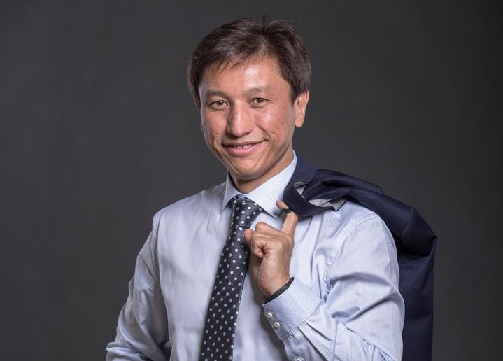 Таир Назханов.