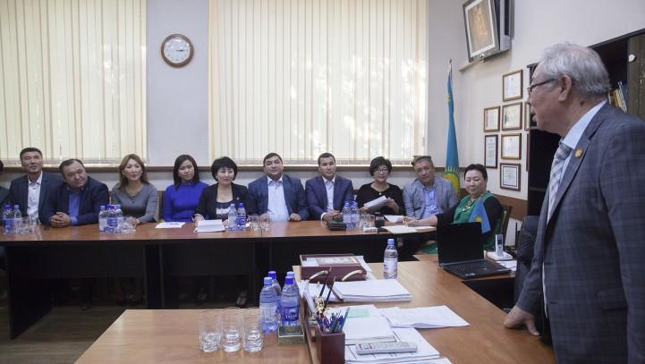 Делегация Кыргызской Республики в Алматы.